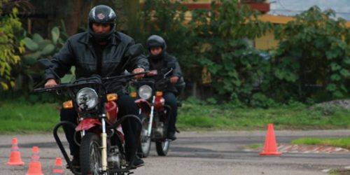 Curso-de-Manejo-Defensivo-Motos-Lineales